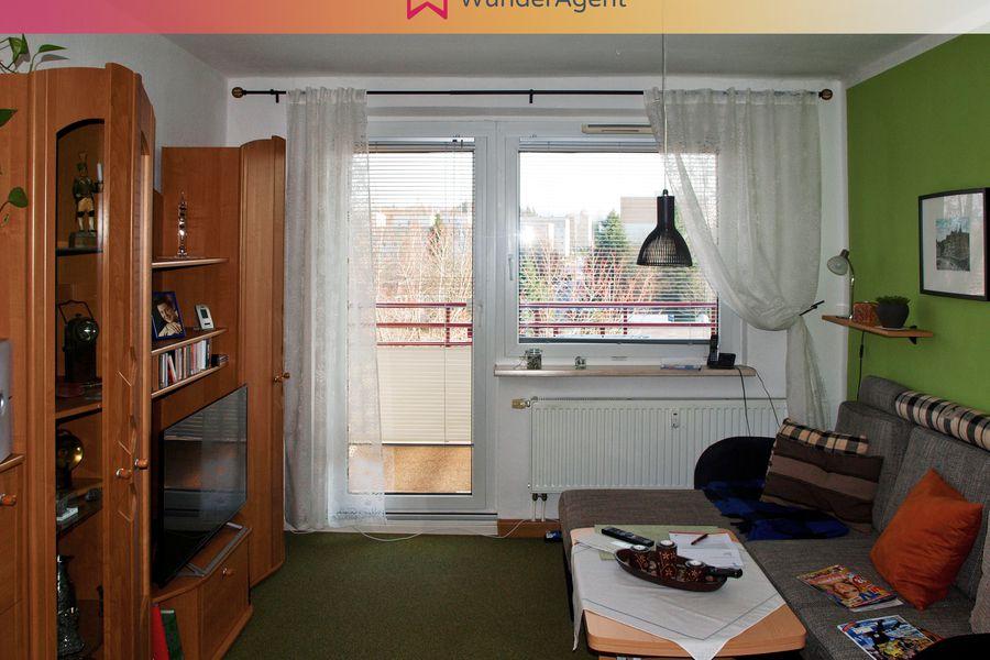 Cover small 08 wohnung wohnzimmer 20vom 20flur