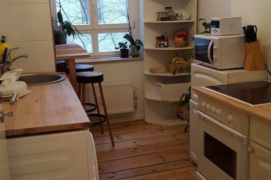 Nachmieter f r wundersch ne kleine altbauwohnung gesucht for Immobilienmakler gesucht